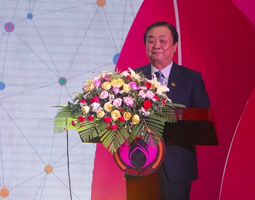 sao mai super feed duoc vinh danh doanh nghiep tieu bieu nam 2019